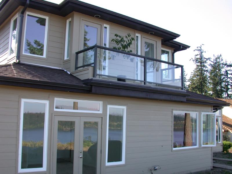 Glass handrailings